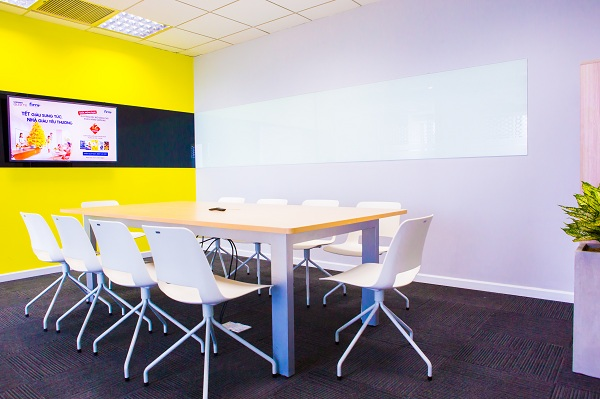 Meeting-room-of-a-virtual-office